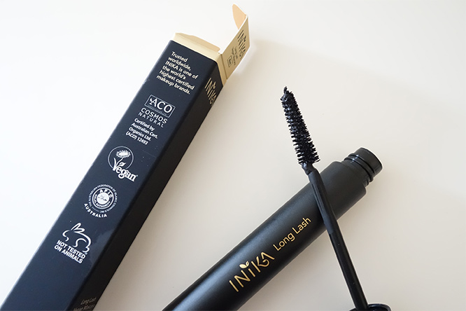 Inika Long Lash Mascara - brush